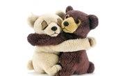 deux oursons enlacés