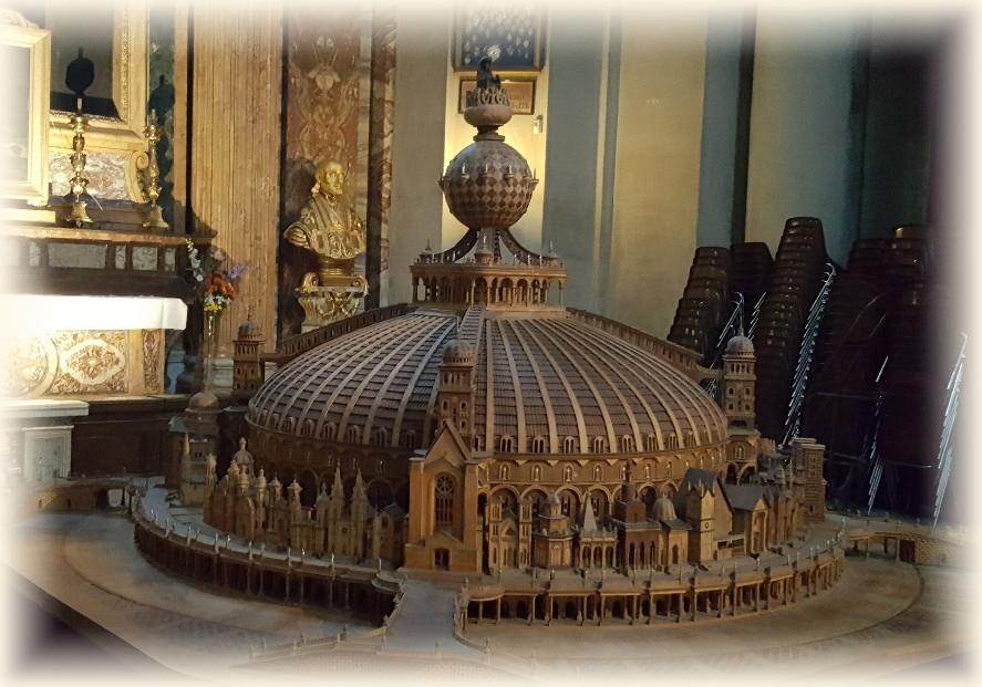 Temple du Christ Roi par Vincenzo Pandolfi - Église St Ignace de Loyola à Rome